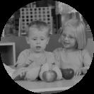 kids identifying fruits